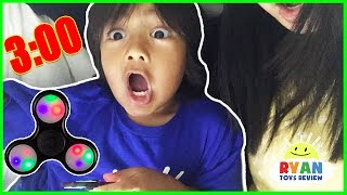 Video Do not spin a fidget spinner at 3am or 3pm! Omg So Scary 3am challenge with Ryan ToysReview! download MP3, 3GP, MP4, WEBM, AVI, FLV Juli 2017