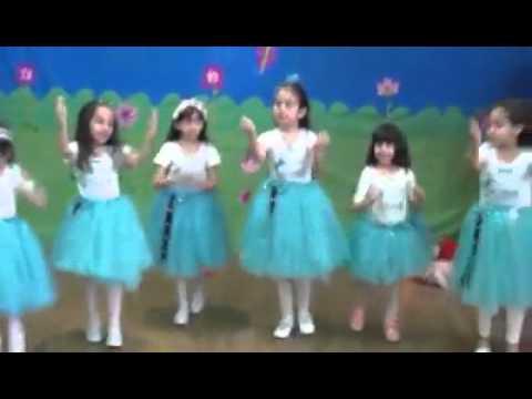 فقرة من حفل رياض الاطفال بمناسبة عيد الام