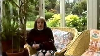 Video Mary Austin's message to OIQFC (1992) download MP3, 3GP, MP4, WEBM, AVI, FLV Desember 2017