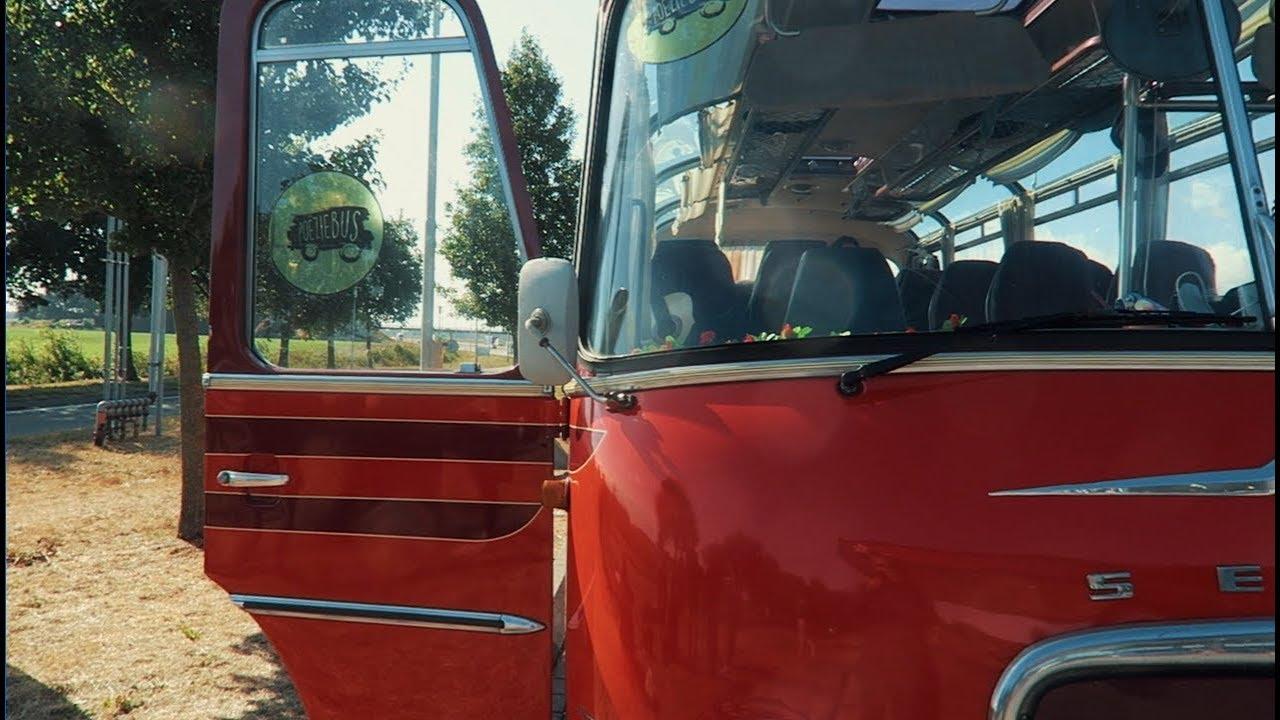 Op tour met de Poëziebus? - Insayno - Vlog #1