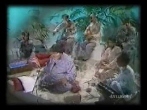 Faiz Ahmad Faiz by Abida parveen-terey gham ko jaan ki talash thee(complete)