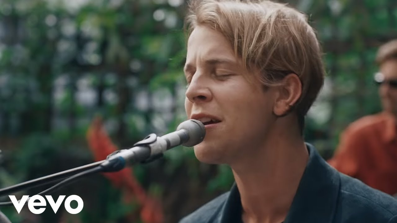 Tom Odell – If You Wanna Love Somebody (Official Video 2018!)