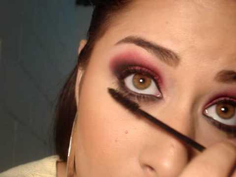 pintar ojos negros