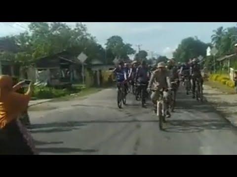 Dua Pemuda Asal Gorontalo Ke Mekah Dengan Bersepeda Sudah Memasuki Desa Cendana.