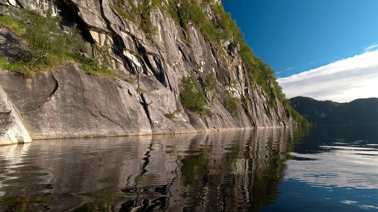 Padletur rundt Valnesvatnet
