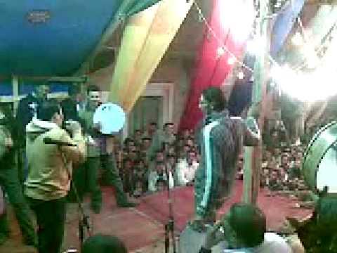 بيجو ابن امه - فى فرح شعبى -27/01/2009