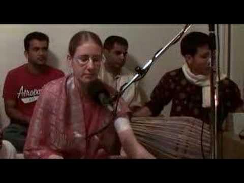 Ratnavali dasi - Hare Krishna Bhajan - Home Program