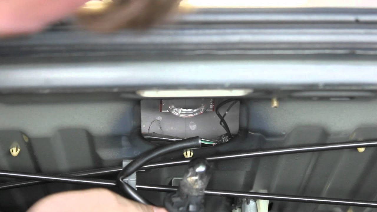 maxresdefault how to remove 3rd brake light youtube 2007 Toyota Avalon Wiring-Diagram at bayanpartner.co