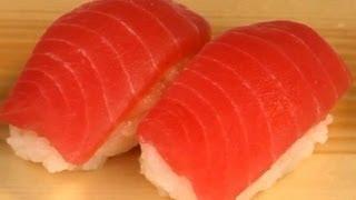 How To Make Sushi - Fatty Tuna Nigiri Zushi