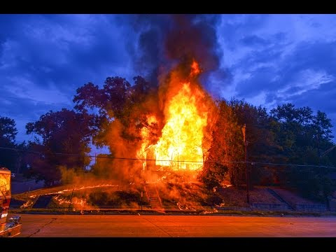 Arrival video and radio traffic: La. house fire
