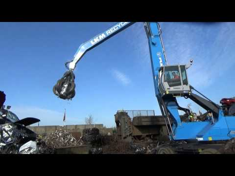 LKM Recycling's new Fuchs MHL350E from Blue Fuchs