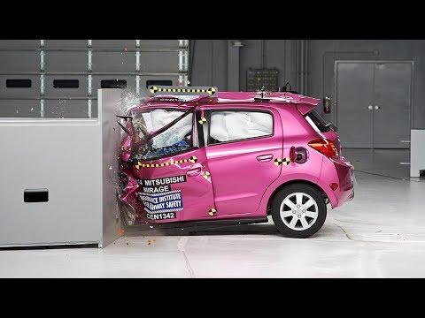 2014 Mitsubishi Mirage small overlap IIHS crash test