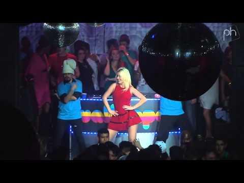 Gisele Barbaresco - Ooh La La (Britney Spears Cover) @ Wallpaper Rio de Janeiro - Pheeno TV