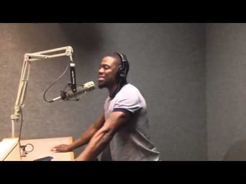 Stan Bell of V101 & WDIA interviewing Kevin Hart