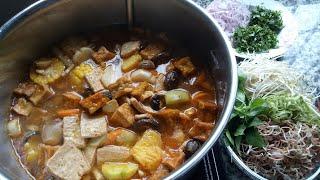 Nấu nồi BÚN BÒ HUẾ CHAY thơm ngon cho ngày rằm - Món Ăn Chay