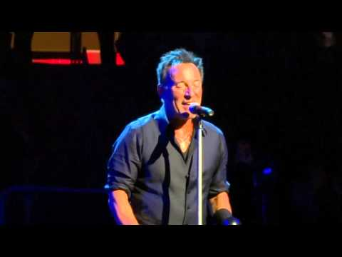 Bruce Springsteen - 2016-01-27 New York - I Wanna Marry You (intro with false start)