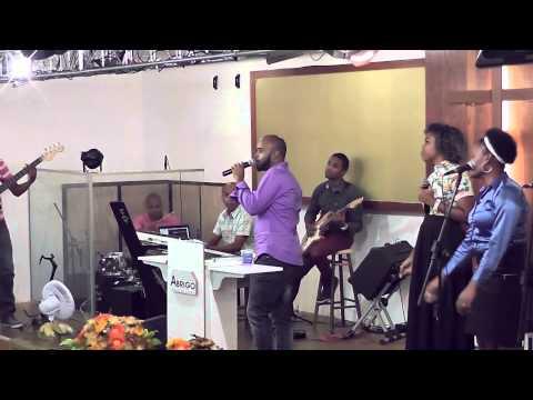Igreja Cristã Abrigo - A Coroa - Abrigo Choir