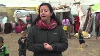 اللاجئون السوريون بالبقاع.. لا شيء يدفع البرد