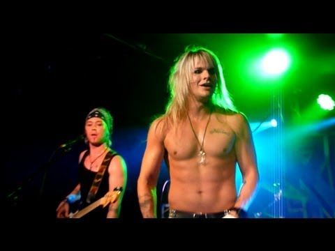 Reckless Love - Night On Fire (Live - Manchester Academy 3, UK, Oct 2013)