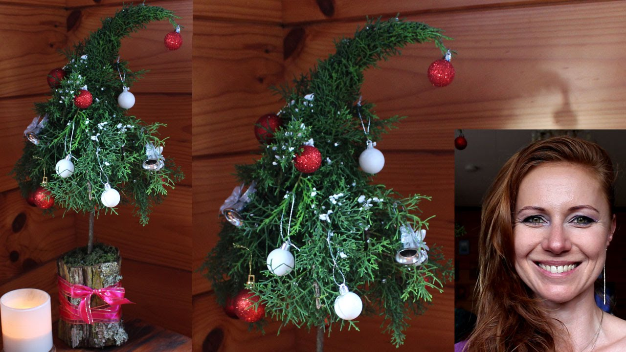 Christmas decorations how to make a christmas tree for for Small christmas tree ornaments to make