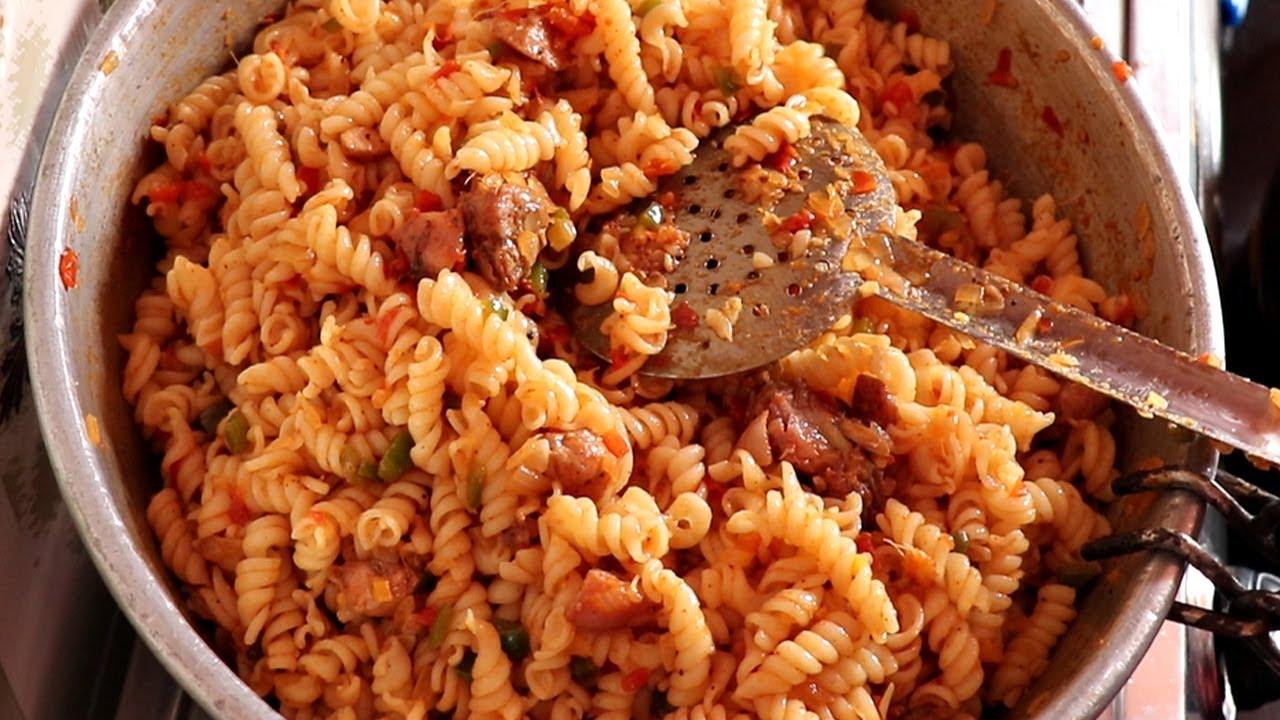 Indian Style Chicken Pasta   Chicken Masala Pasta Recipe   CHICKEN PASTA MAKING IN DIVYAS KITCHEN