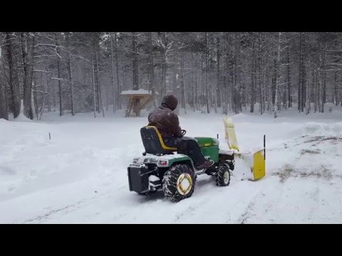 Upper peninsula snow 2016