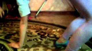 Копия видео учимся делать стойку на руках,мостик,лягушку