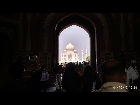some intresting facts or Myth about agra fort Agra