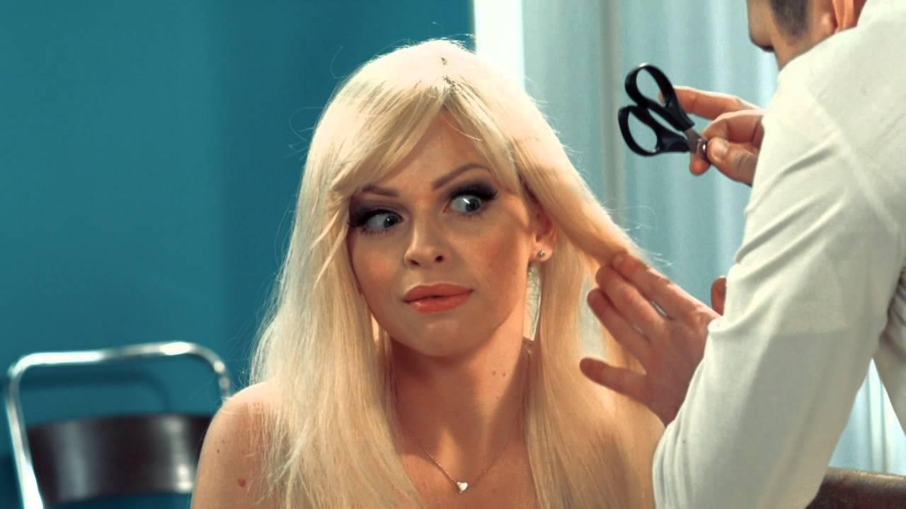 блондинка пришла на приём к гинекологу