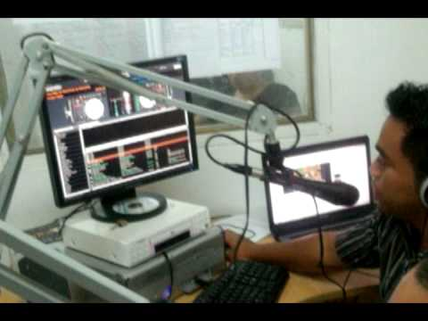 "Radio Nuku'alofa 88.6 (Tonga) using the ""World Famous"" Serato Scratch Live (SL1)"