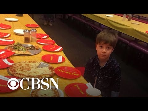 phoenix-suns-help-6-year-old-from-viral-photo-celebrate-his-birthday