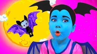 Junior Vampirina and Julia pretend play with magic toys