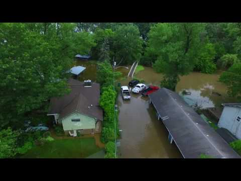 Flooding on Long Lake, Illinois 71217