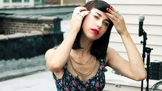 "Kimbra - ""Withdraw"" Billboard Tastemakers Session"