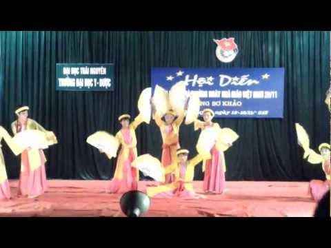 Múa Em đi xem hội trăng rằm K43D- Đại học Y-Dược Thái Nguyên