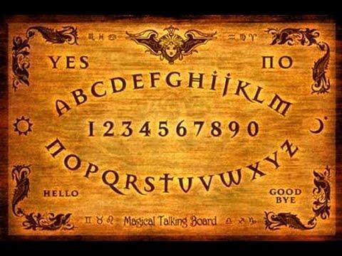 Cosa ne penso della tavola ouija ciaoiosonounastrega - La tavola ouija film ...
