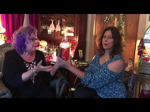 Interview With Laurie Stern of Velvet and Sweet Pea's Purrfumery