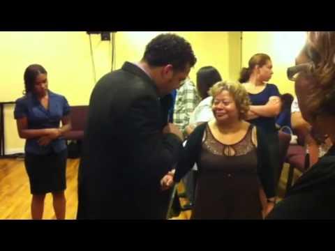 Evangelista Jaime Sanchez, Dios sana mujer de sus piernas parte 2