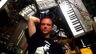 Jori Hulkkonen One World mix - BBC Radio One - 15-03-2001