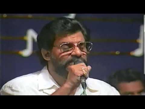 Athisiya Raagam - KJ Yesudas Live Performance