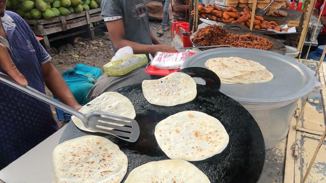 Hard working Young Man selling Street food Bot vuna with Roti | Bd Street Food