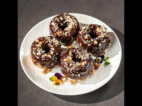 Mini prăjituri cu banane și semințe de in