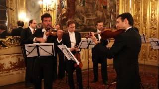 Antonio Vivaldi, Concerto in la minore per due violini e archi