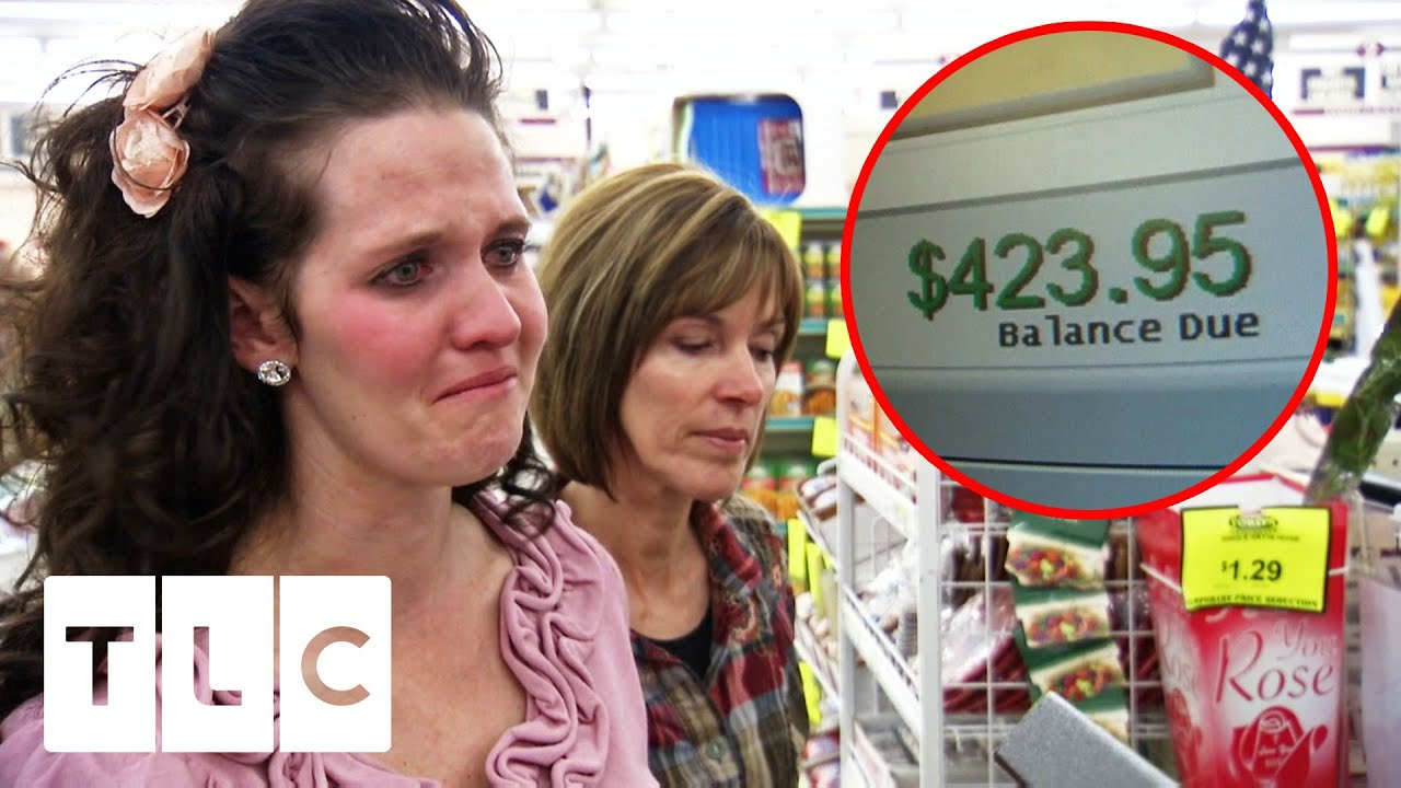 Couponer In Tears After Store Policy Jeopardises Two Weeks of Work | Extreme Couponing: All Stars