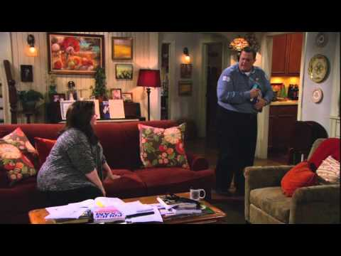Mike & Molly Weeknights at 6 & 7pm on the CW Baltimore