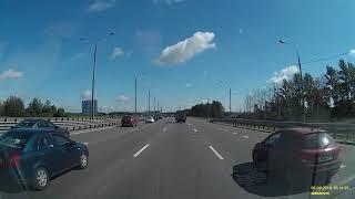 Смотреть видео Страшное ДТП 06.08.2018 переворот трасса М2 Москва онлайн