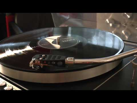 Vinyl HQ Diana Krall Lets face the music and dance played by 1976 Soviet Russian Elektronika b1-01