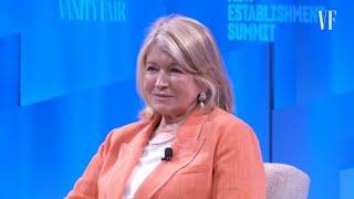 Martha Stewart Calls Felicity Huffman's Outfit 'Schulmpy'