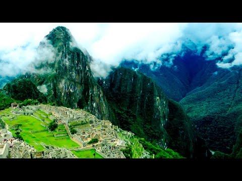 MACHU PICCHU. TRAVEL PERU.