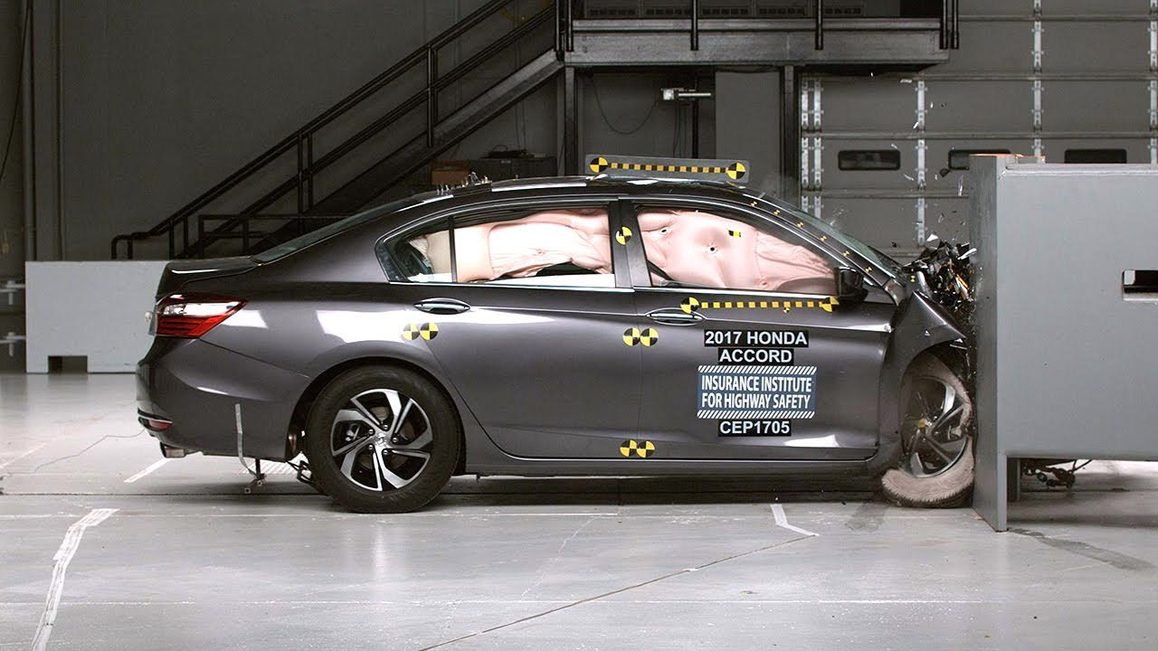2017 Honda Accord Penger Side Small Overlap Iihs Crash Test